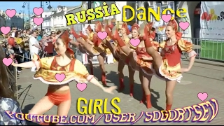 Beautiful Russian Girls folk dance on the street OOPS!