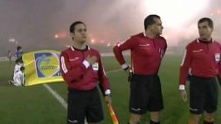 Espectacular recibimiento Peñarol vs Santos Final (ida) Copa Libertadores 2011