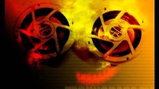 We No Speak Americano (Techno Remix)