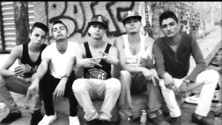 TOSER ONE - ANDAMOS EN EL BARRIO FT. BOKCAL & CHIVA (VIDEO OFICIAL) thumbnail