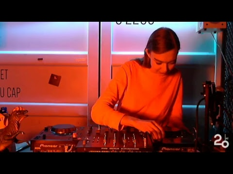 Anna Zosimova @ 20ft Radio