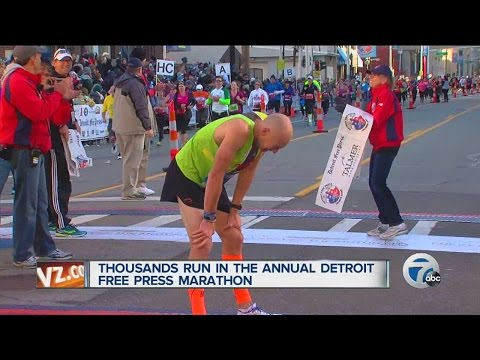 Thousands run in the annual Detroit Free Press Marathon