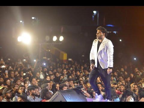 Pranamam Pranamam song     Janatha Garage    Dsp Live Performance 2017