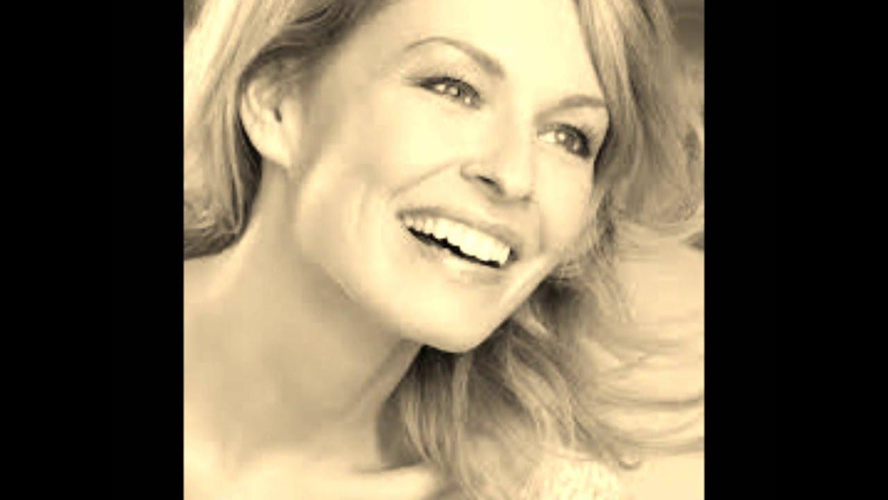 Sandra Lavoie Nude Photos 63