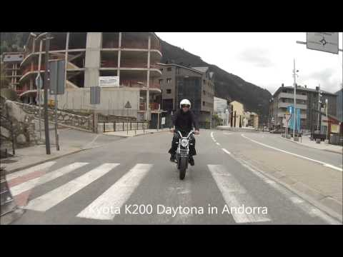 Honda Dax Vs Daytona Anima 150f Street Funnydogtv