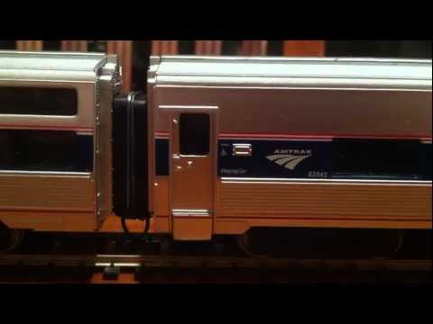 Product Review: Phase IVb Amtrak Viewliner (Walthers HO Scale)