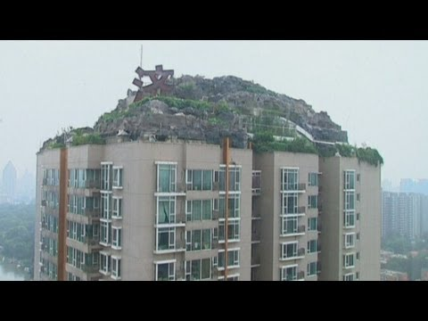 Villa complex built on top of 26-storey apartment block in Beijing, China