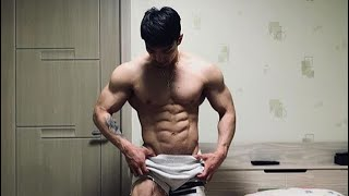 Hot flexing abs | Sixpack man complication