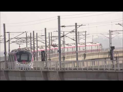 Hyundai-Rotem train of Delhi Metro! Magenta Line gains momentum!
