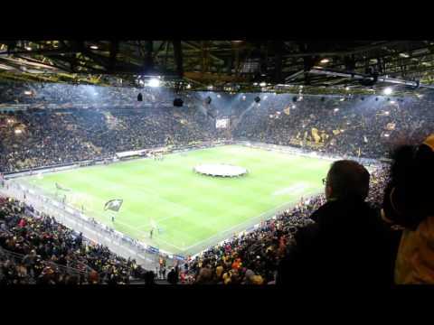 Borussia Dortmund-ΠΑΟΚ  0-1 10/12/2015 είσοδος ομάδων