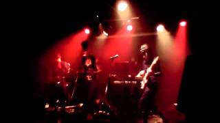 G'nee And Her Kings - Live at O Patro Vys - 12/11/2011 - Down
