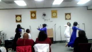 Praise dance to Guest of honor by tamala mann