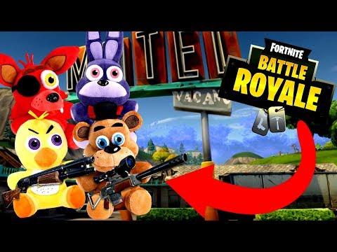 Freddy Fazebear Plays Fortnite! - Fortnite Battle Royale - FNAF SQUADS!