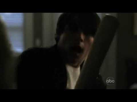 V 2009 S01E02 Logan Huffman girly screams