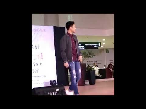 DYING INSIDE- Darren Espanto Live at Ayala Mall South Park Alabang (11-25-2017)