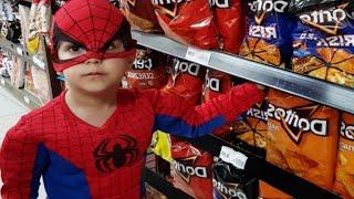 Gambar cover Örümcek adam market arabasıyla abur cubur alışverişinde | Eğlenceli çocuk videosu