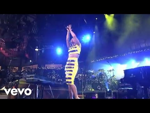 Alicia Keys - No One (Live on Letterman)