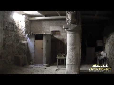 Video Tour to The Enterance to the Byzantine Church of the Holy Sepulchre behind a Bakery