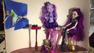 Kitty, Raven and Cerise Ever After High Stop Motion - the Mystery Chair - PART 1