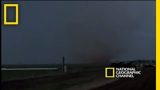 Chasing Tornadoes | National Geographic