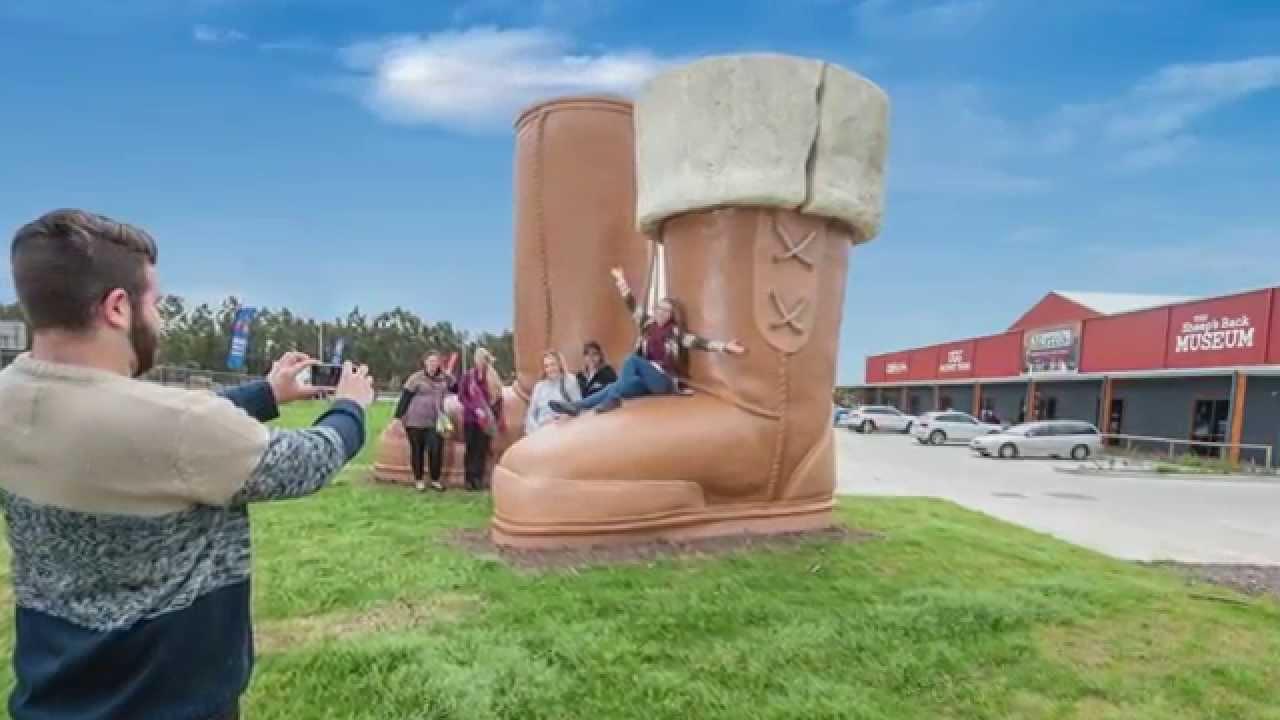 Big Ugg Boots Thornton