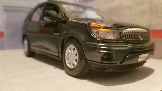 Review: 1:24 Maisto 2002 Buick Rendezvous CXL