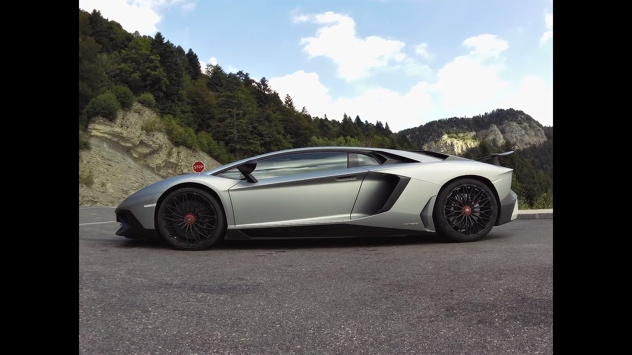 essai lamborghini aventador sv lp 750 4 dans les alpes youtube. Black Bedroom Furniture Sets. Home Design Ideas