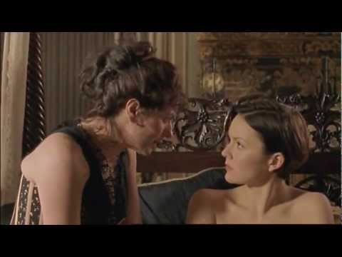 Anna Chancellor in Tipping The Velvet 1