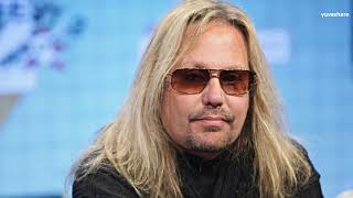 BIOGRAPHY OF VINCE NEIL