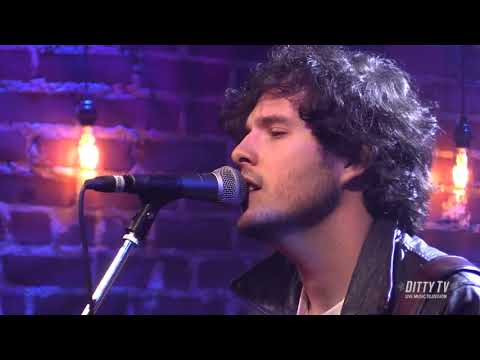 "Brian Dunne performs ""Chelsea Hotel"" on DittyTV"