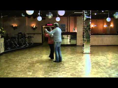 Jive : Hand und Platzwechsel, Kreiseldrehung,  Rücken an Rücken