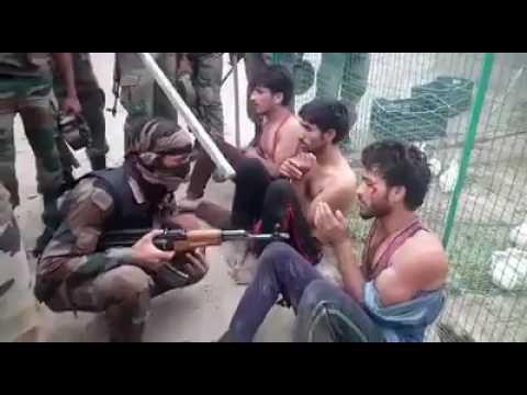 Kashmir mai muslim ke sath hua ye hadsa kiyki polic ko diya tha gali(1)