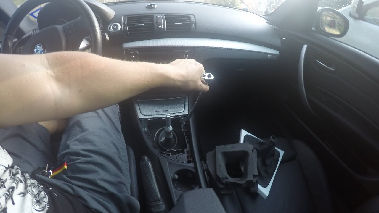Bmw 135i Interior Trim Removal Installation Part 1 Youtube