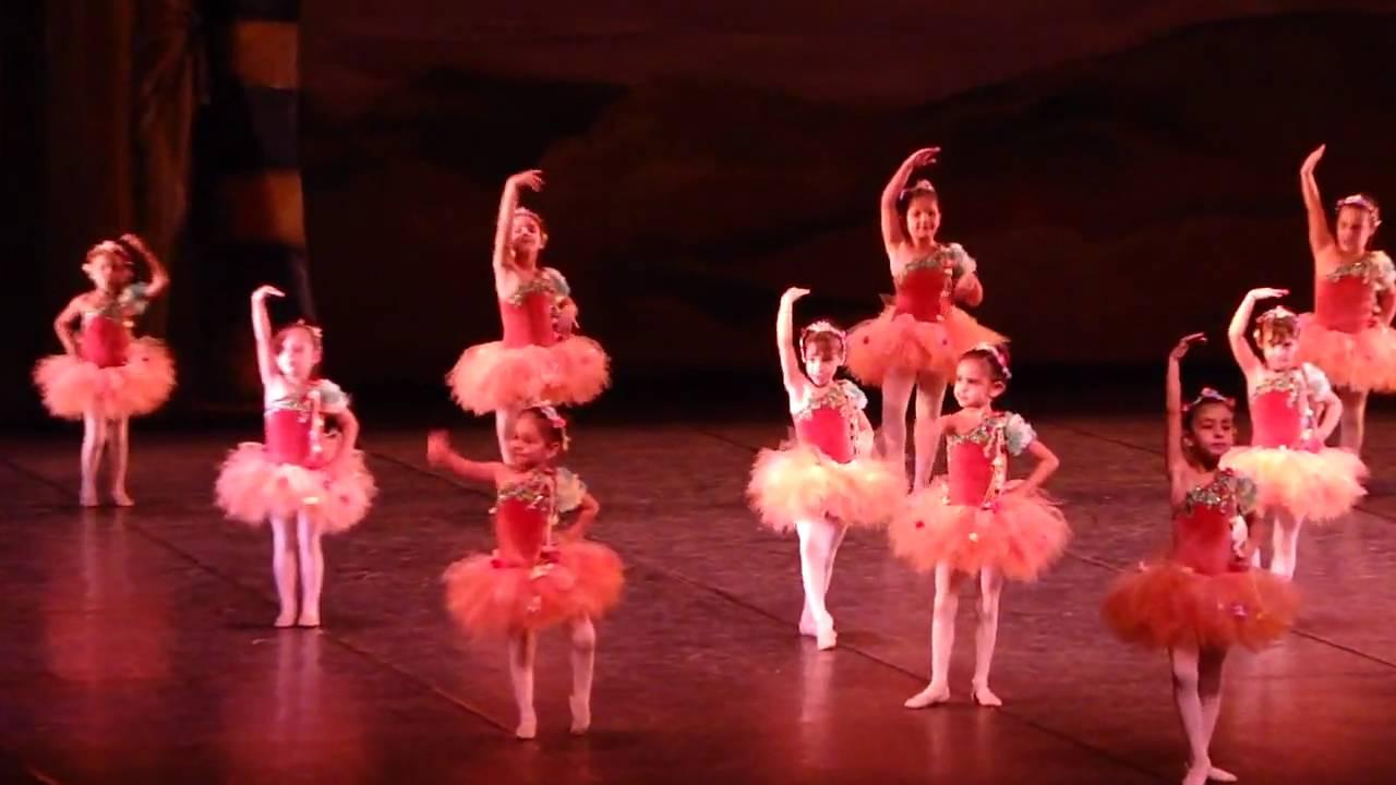 Academia de ballet en latex - 2 part 9