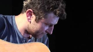 Brett Eldredge - Beat Of The Music (Couch Sessions)