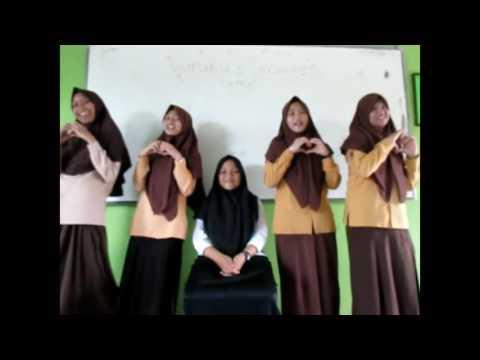 Video Klip Kreatif Guruku Tersayang