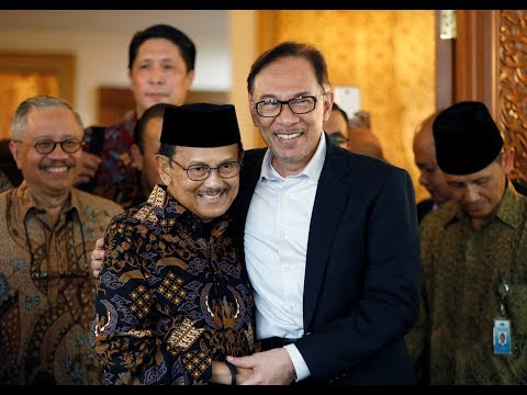 Anwar meets former Indonesian president in Jakarta