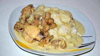 Курица с грибами в сметанном соусе! ОЧЕНЬ ВКУСНО