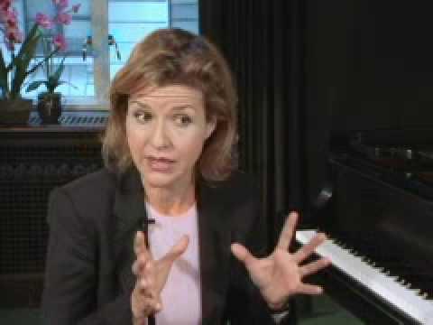 Mendelssohn's Violin Concerto by Anne-Sophie Mutter (1 of 2)