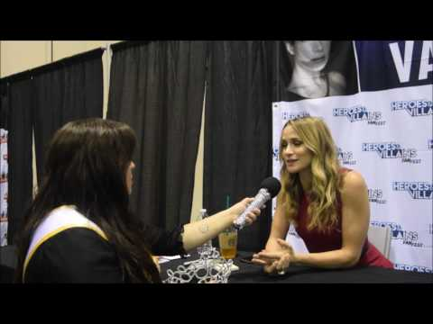 the beautiful and talented Ms Shantel VanSanten from Flash and One Tree Hill  at Walker Stalker by F