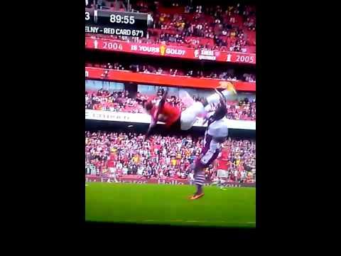 Bacary Sagna head injury vs Aston Villa