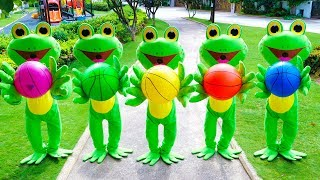 Five Little Speckled Frogs | Kids Song with Basketballs