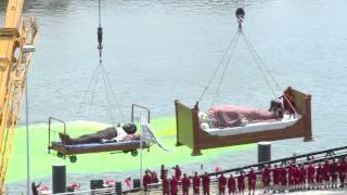 Royale de Luxe : Nantes enterre sa Grand-mère
