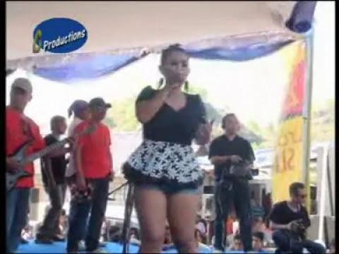 Live Show OM BoloDewo Terbaru-Kediri Singapura (cover) Desi Omayayi