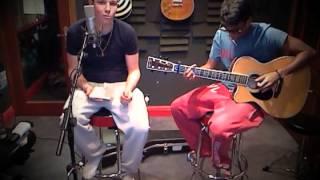 Starships: Nicki Minaj Acoustic Cover - Room 6