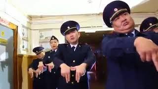 В Якутии полицейские сняли клип со своими танцами