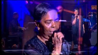 Cesaria Evora Live in Paris (2001) Complete Concert