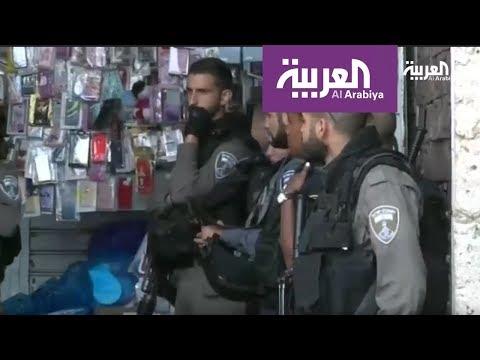 مئات المستوطنين يقتحمون المسجد الأقصى بحراسة الشرطة الاسرائيلية  - 22:21-2017 / 10 / 9