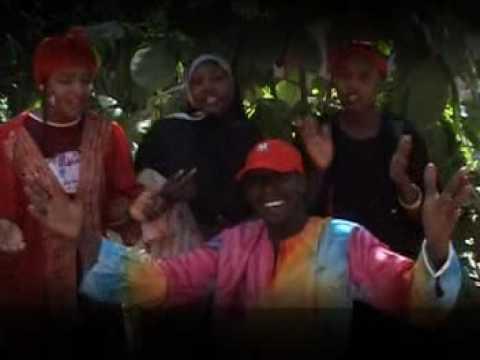 Download (hausa movie song) mu roki allah