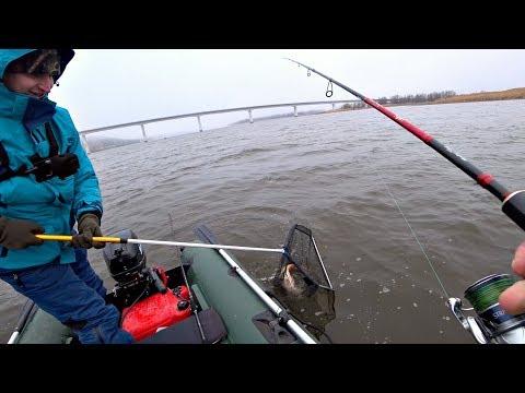 Вот так рыбалка вышла! Неожиданный улов на спиннинг!! Рыбалка весной 2020.